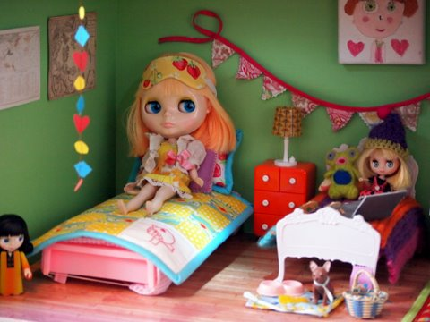 Blythe doll house - bedroom
