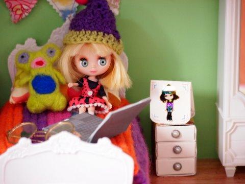 Blythe doll house inside