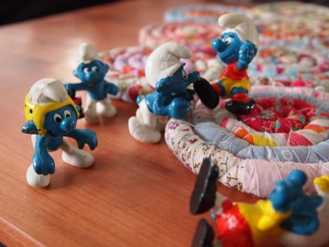 Smurf figurines3