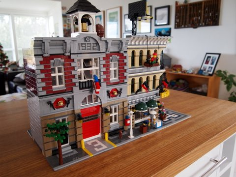 Modular lego fire brigade and shop
