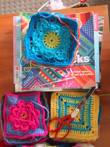 Crochet 200 blocks book