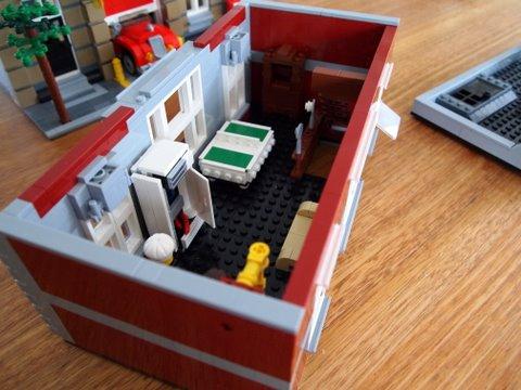 Modular lego fire brigade 1