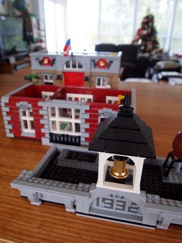 Modular lego fire brigade 4
