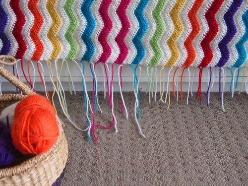 Crochet ripple blanket ends