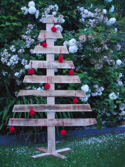 Making a pallet Christmas tree03