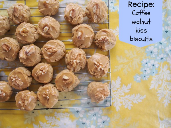 Coffe walnut kiss biscuit recipe