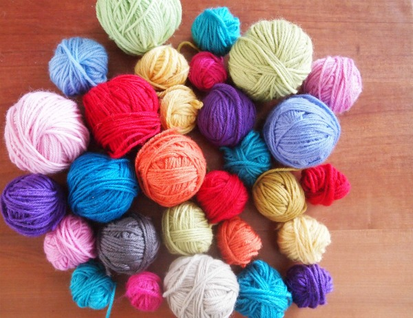 How to use up yarn stash 1
