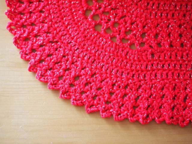 Christmas crochet table runner 1