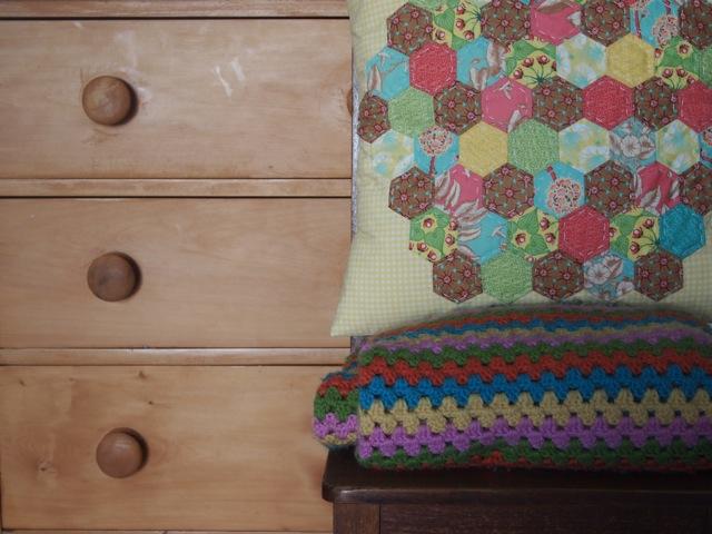 Hexagon cushion 1