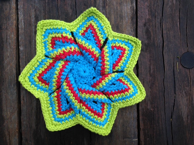 Crochet flower hotpad