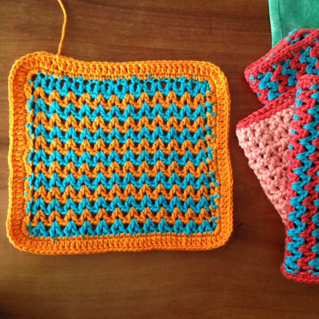 Zig zag crochet dishcloth