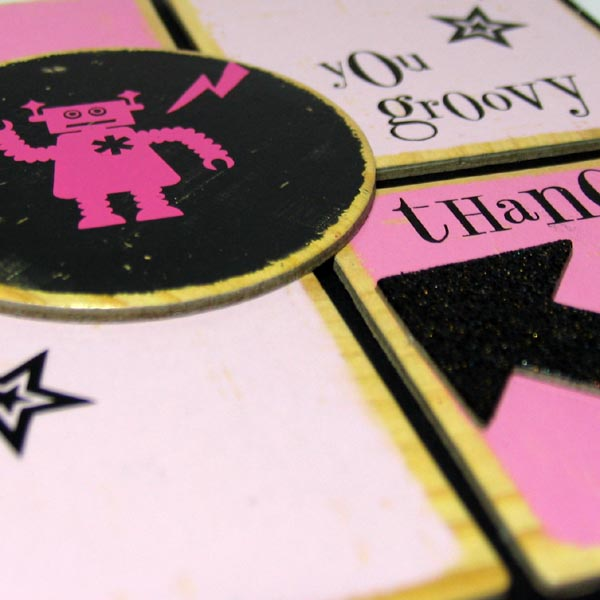 Black_and_pink_challenge_close_up